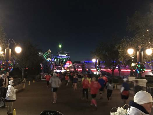 Travelling Fit – Walt Disney World Marathon 2018 #travellingfit #runtheworld #waltdisneyworldmarathon
